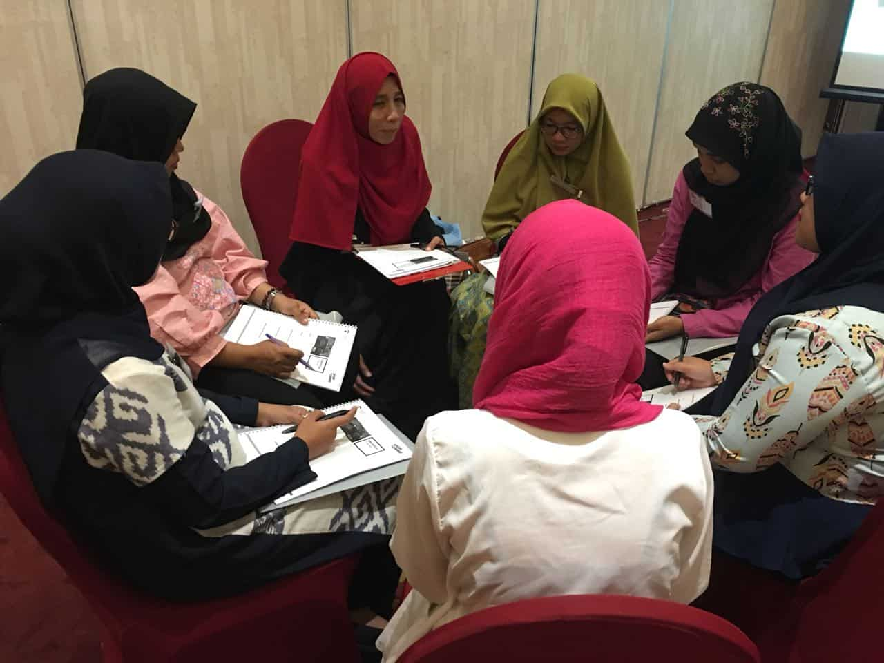 Mentoring Online Influence Your Audience - CORPORATE TRAINING INDONESIA
