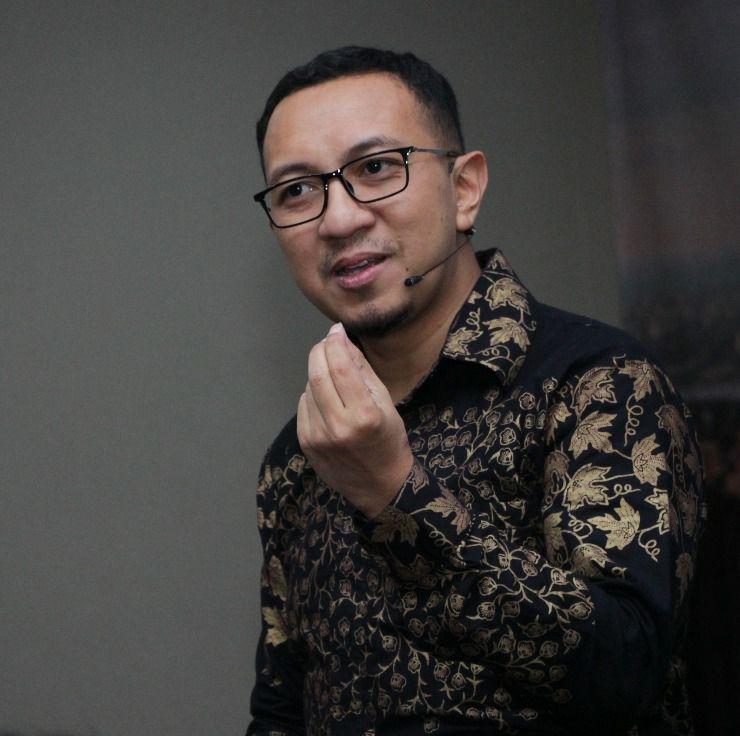 Membangun Kharisma Saat Sambutan - Corporate Training Indonesia