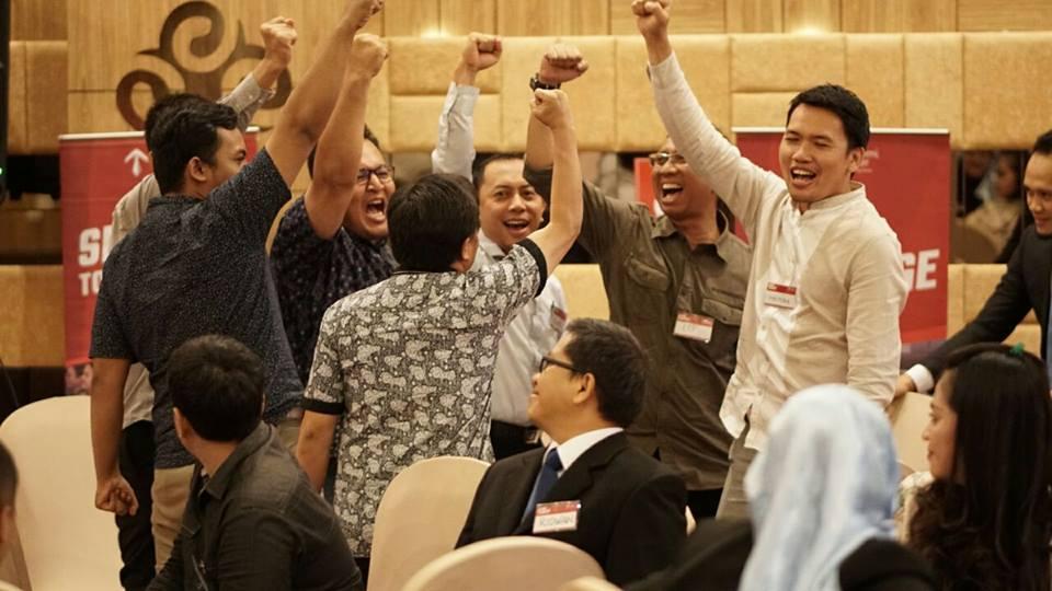 Tips Meningkatkan Antusiasme Tim dan Klien - Corporate Training Indonesia