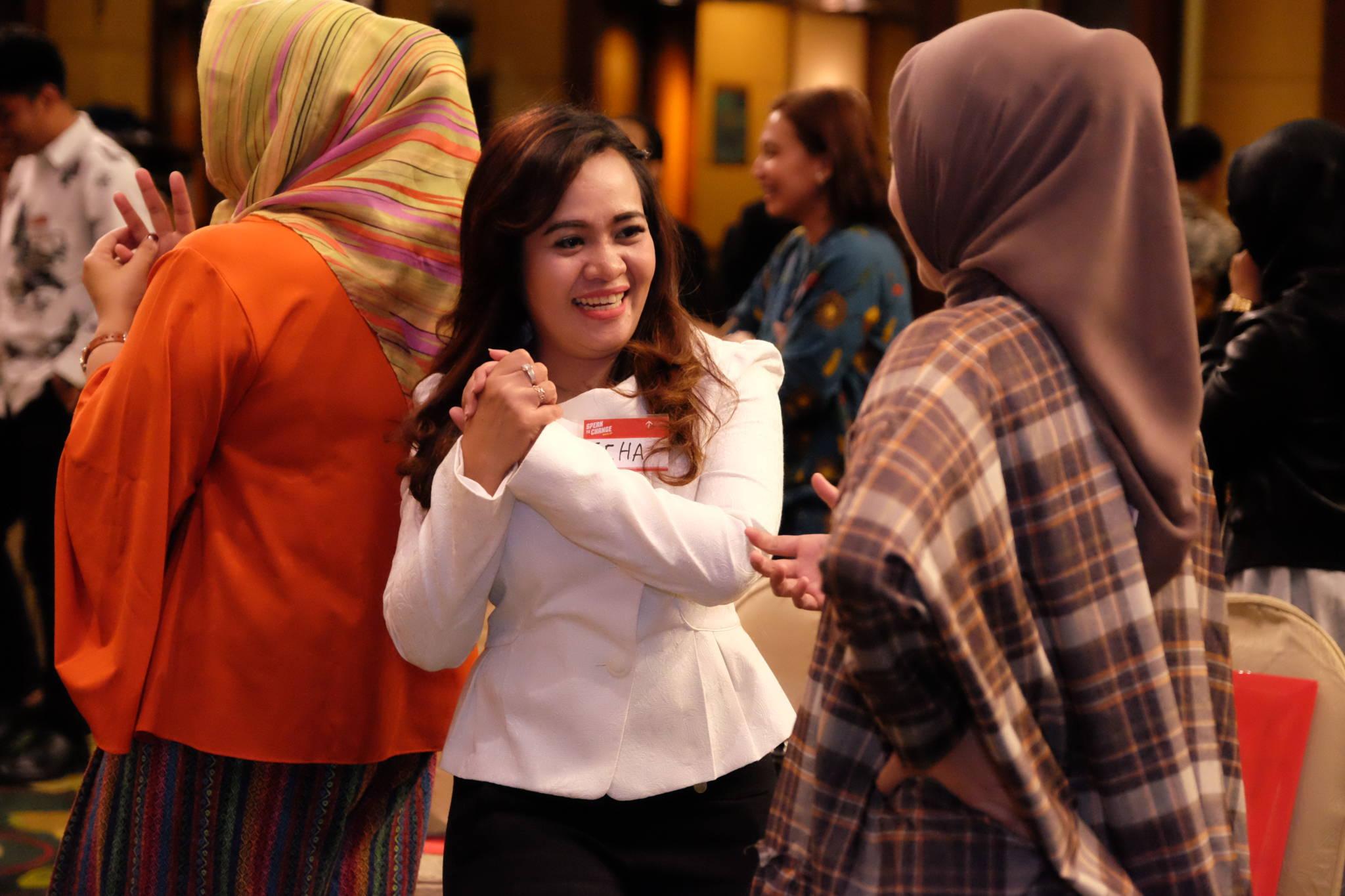 Sukses Jadi Leader di MLM - Corporate Training Indonesia